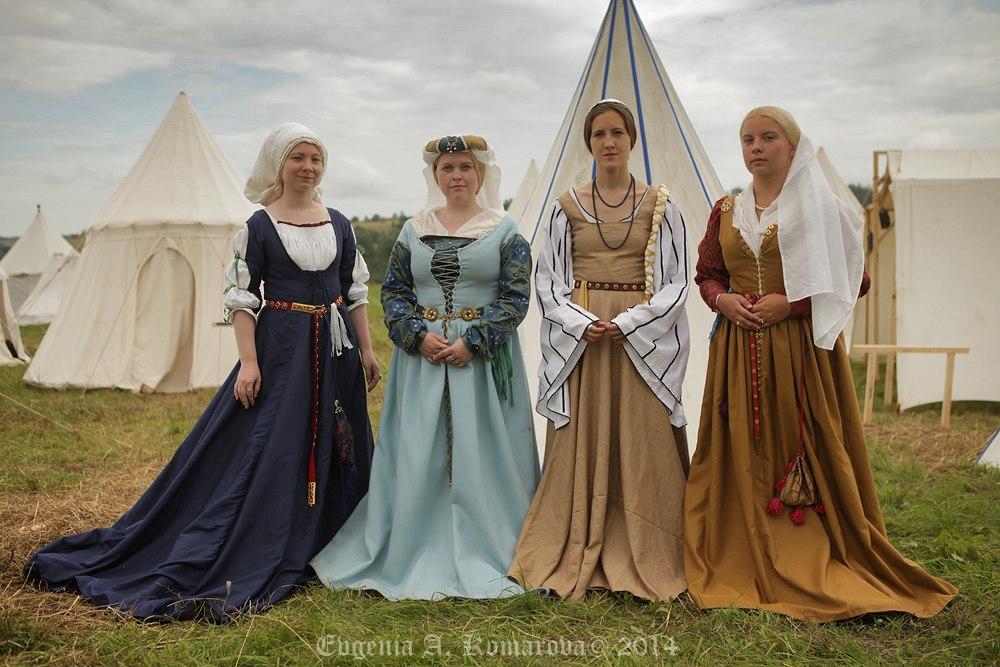 Платье историческая реконструкция